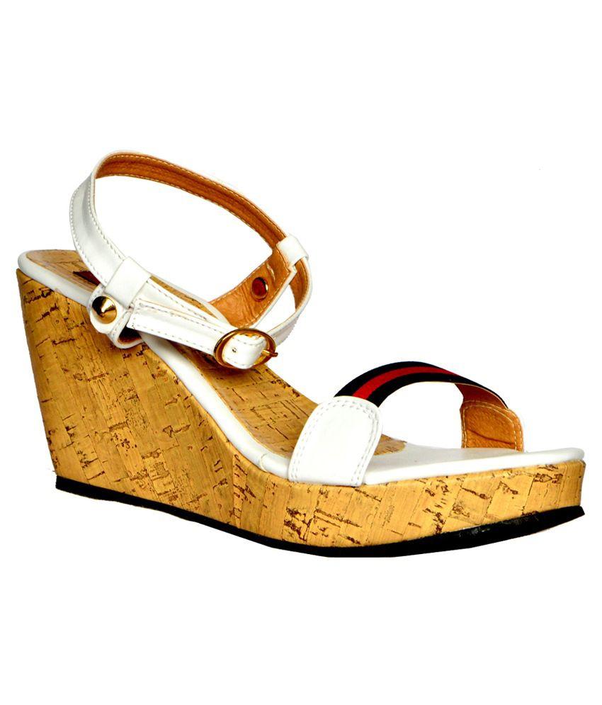 Heels n Wedges White Faux Leather Medium Heel Sandals