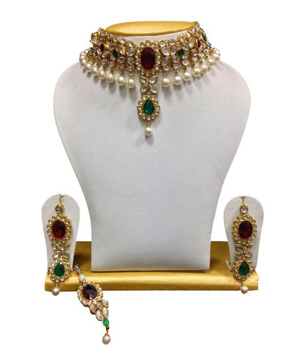Choker Kundan Set in White, Maroon & Green with Pearls