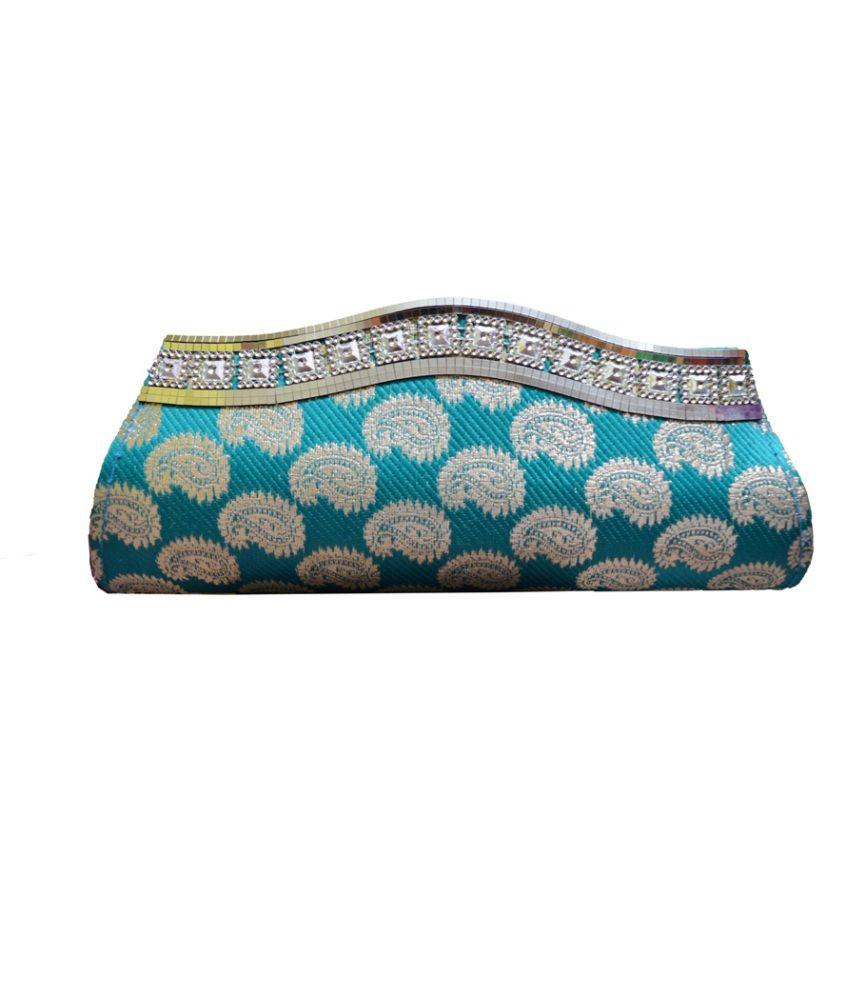 Glambing Turquoise Magnit Button Banarsi Design Clutch