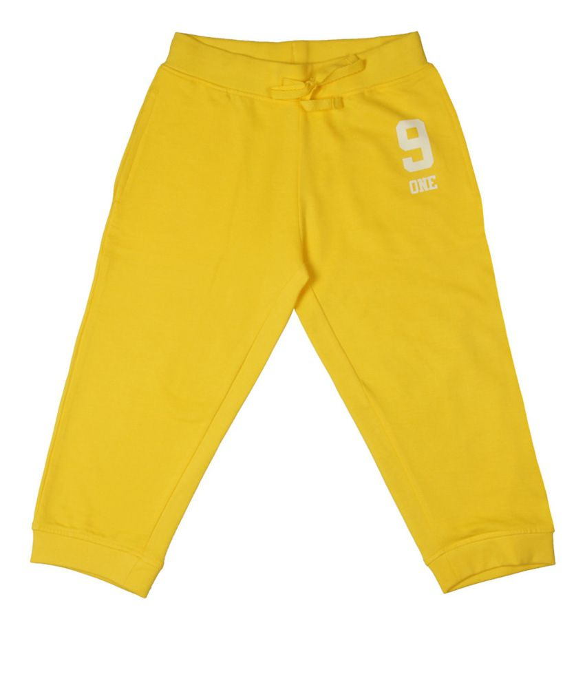 Poppers by Pantaloons Yellow Knitted Capris