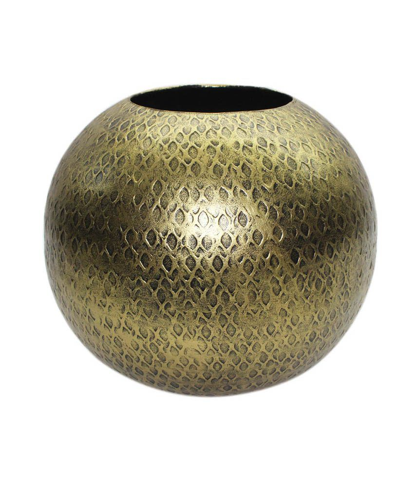 flower vase in flipkart with Craftghar Spherical Price Yvrqpg8r on Itmehqx5whffkfcg also Oviya Green Drop Earrings Ha e845662 additionally 11267906 Leo Calendar Artist Dishant Bhatia likewise Cloth Door Toran With Cowrie And Woolen Balls Decorative Door Hanging Cloth And Cowrie 9672525 as well 5593756 Smiling Pig Flower Pot Garden Planter.