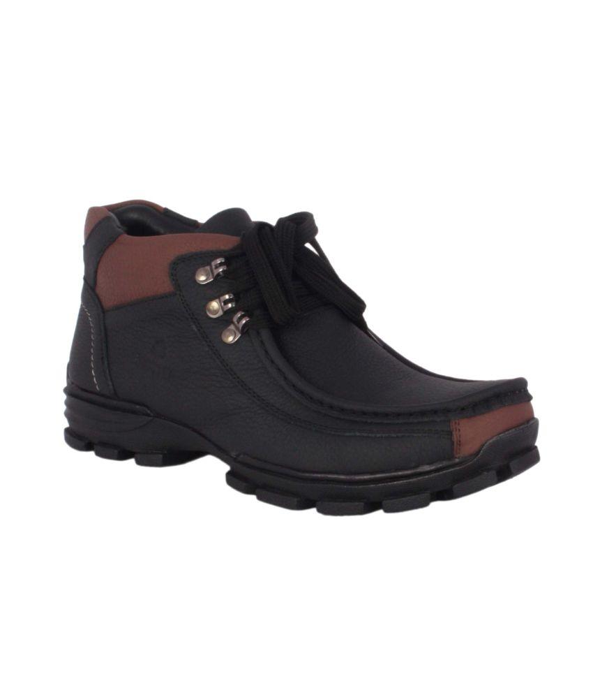 Evlon Black Boots