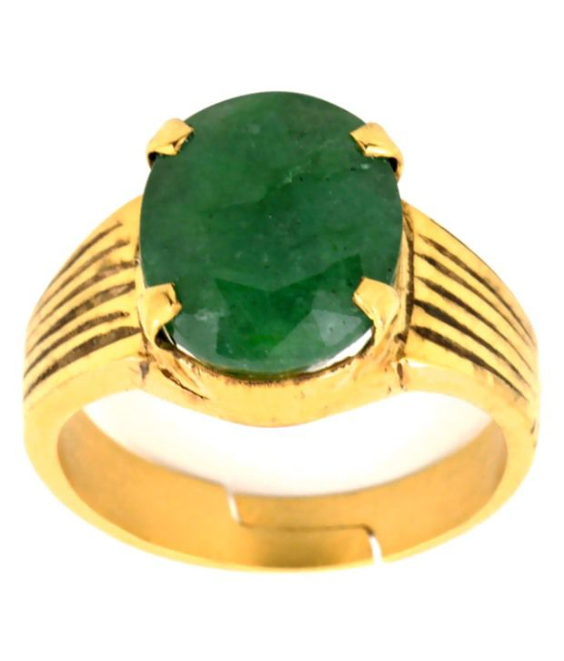 Bello 7.25 Ratti Emerald Gemstone Astrological Ring in Panchdhatu