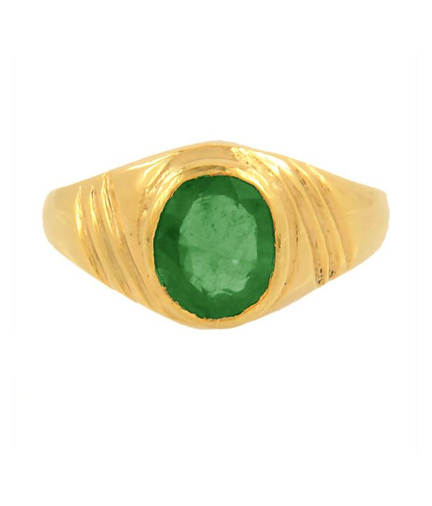Bello 8.25 Ratti Emerald Gemstone Astrological Ring in Panchdhatu