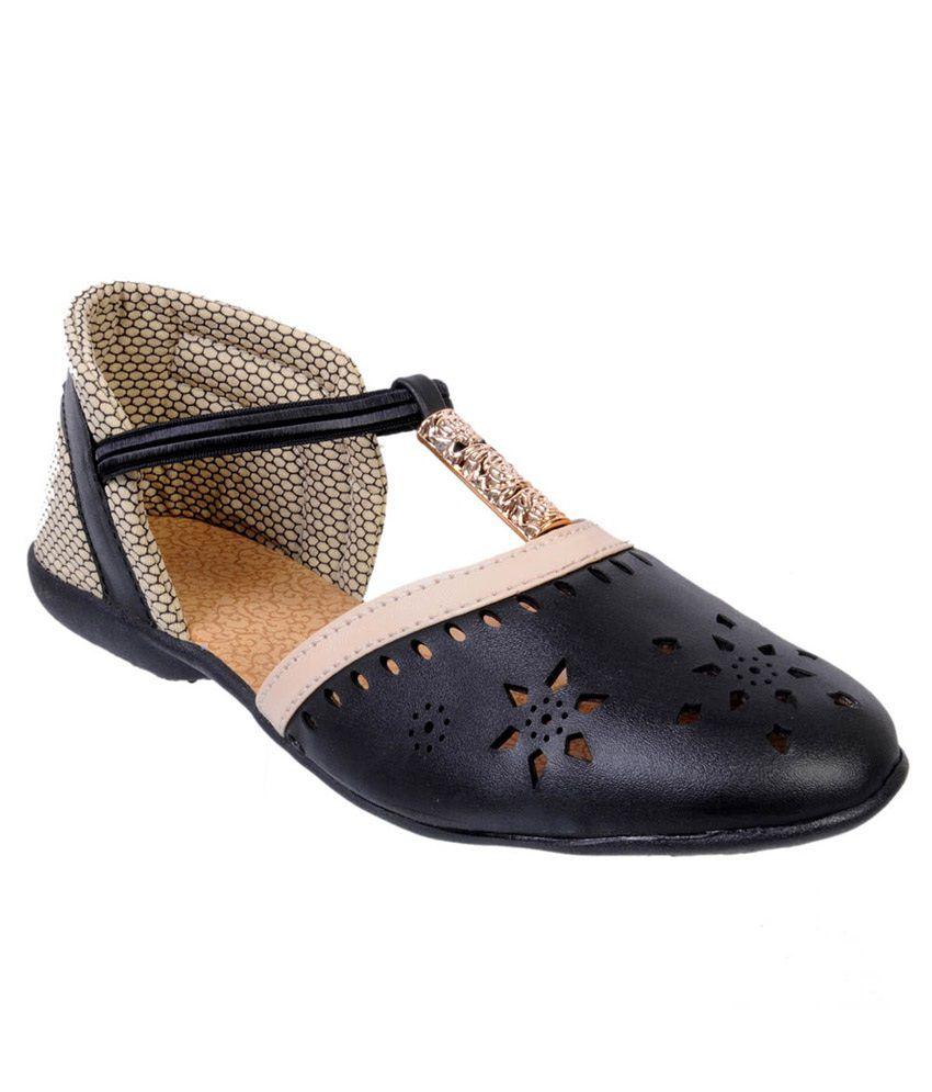 Fescon Black Flat Sandal