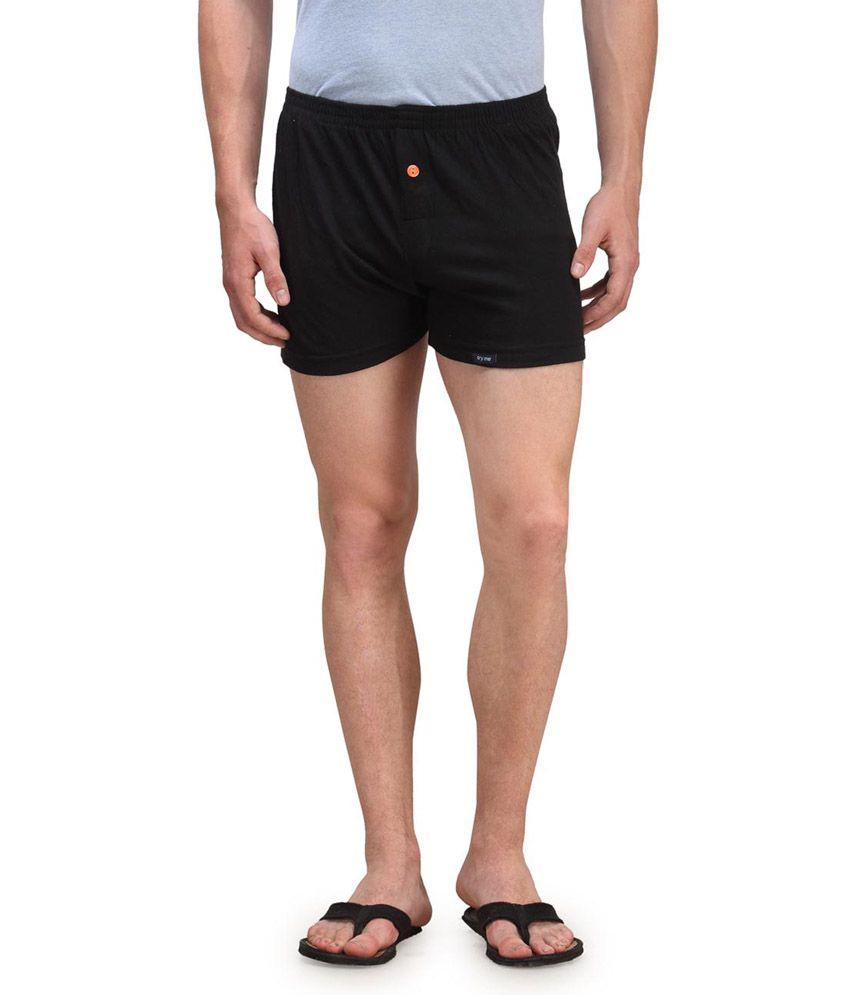 Kotty Black Cotton Solid Shorts