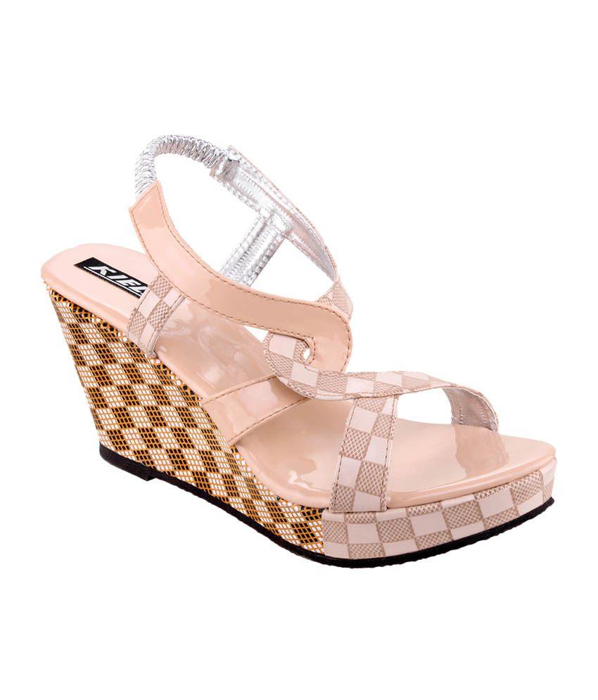 Kielz Beige Faux Leather Heeled Sandals