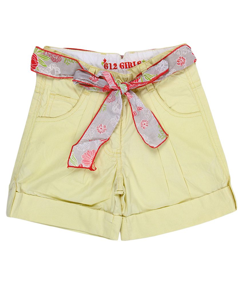 612 League Yellow Cotton Regular Shorts