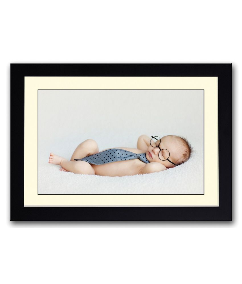 Artifa Matte Baby With Glasses And Tie Painting With Wood Frame