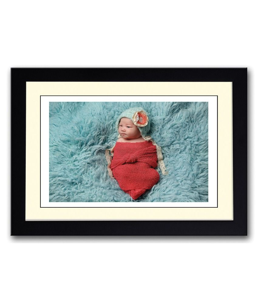 Artifa Matte Cute Little Baby Wrapped In Red Painting With Metal Frame