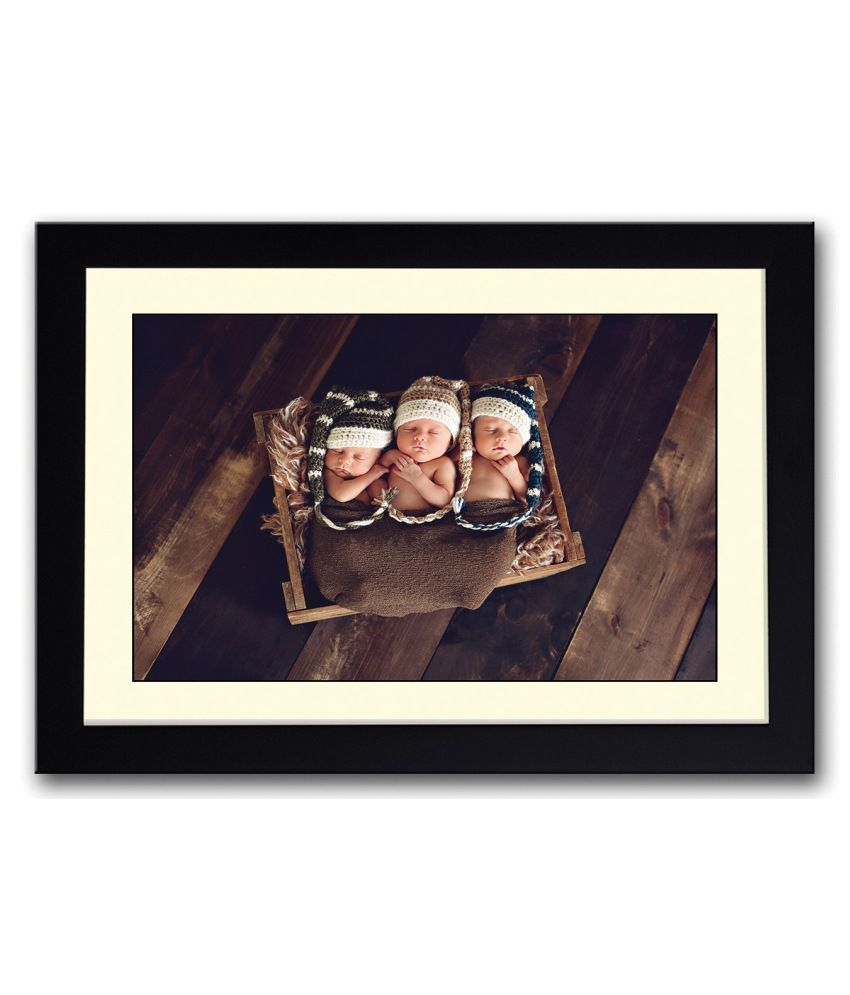 Artifa Matte Three Cute Baby Image Painting With Metal Frame