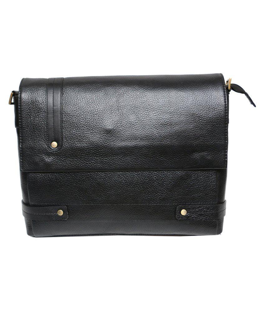 C Comfort Black Leather Laptop Bag
