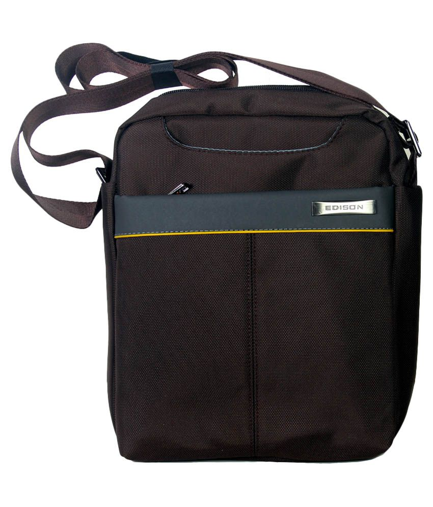 Skyline Brown Zipped Travel Pouch