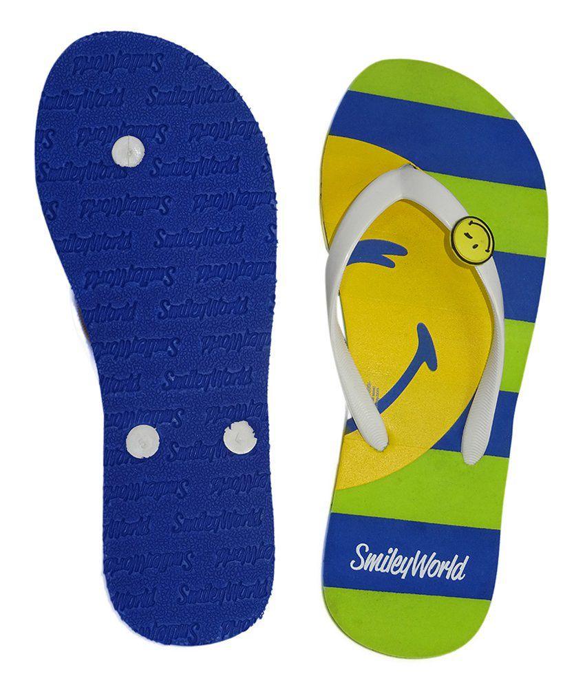 31bbe8a2ee14 Smiley Multi Colour Flip Flops Price in India- Buy Smiley Multi ...