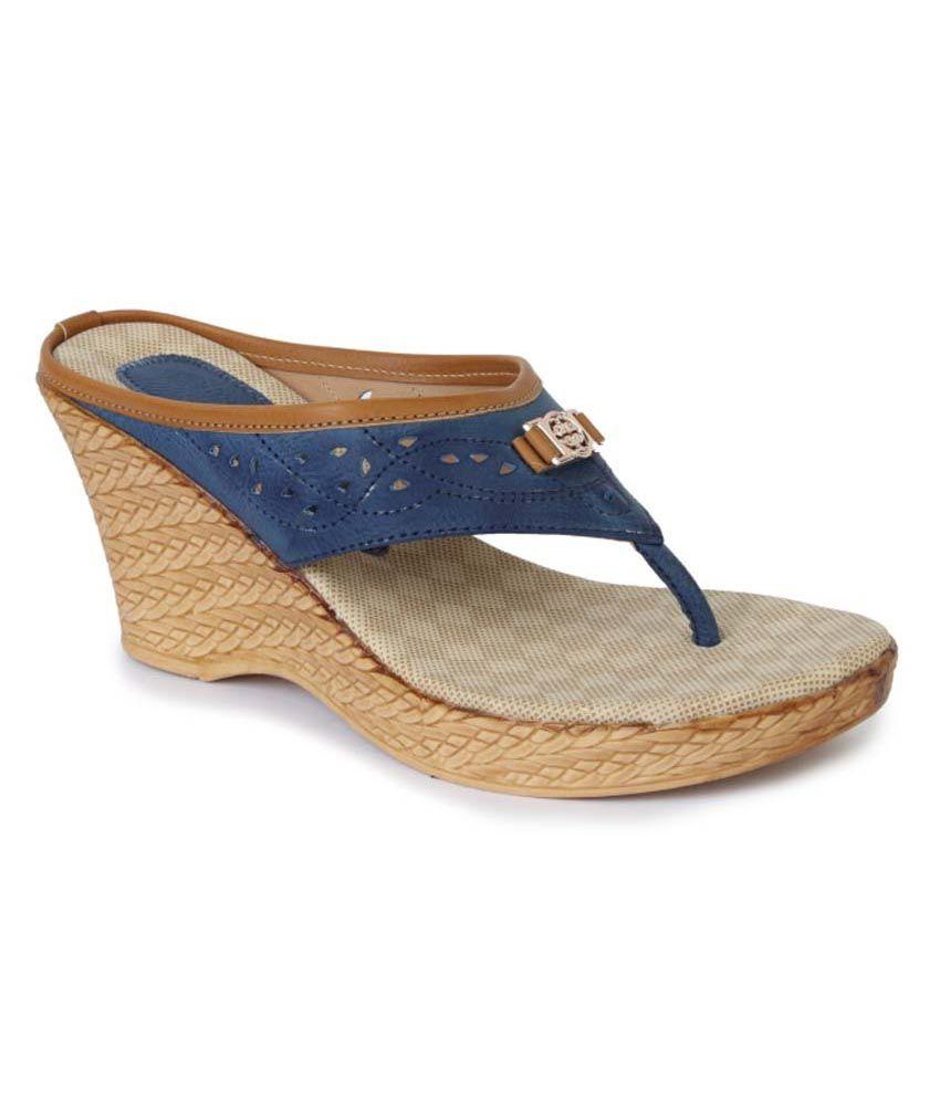 Vilax Blue Heeled Slip-Ons