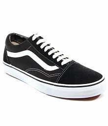 e2ebbae5cde1 Vans Shoes  Buy Vans Shoes for Men online at Best Prices in India ...