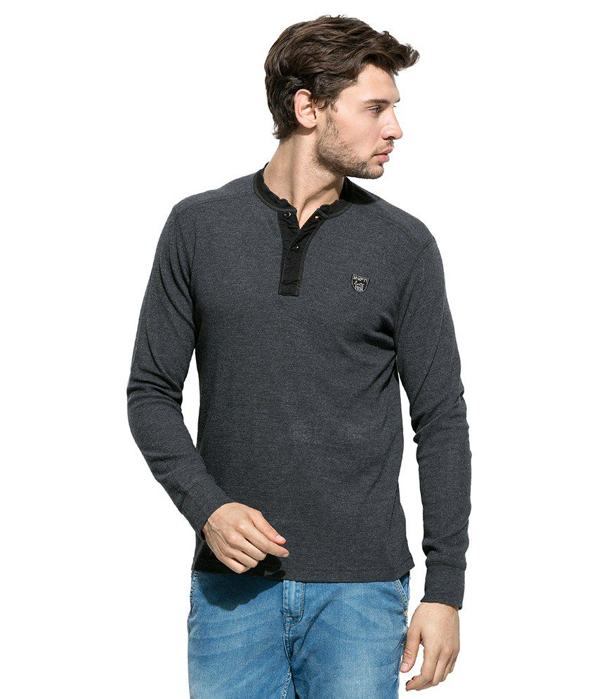 Mufti Grey Solid Henley T Shirt