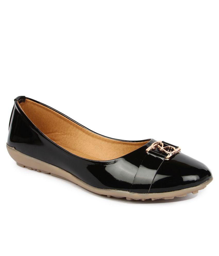Finesse Black Patent Ballerinas
