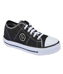 UniStar Black Canvas Shoes
