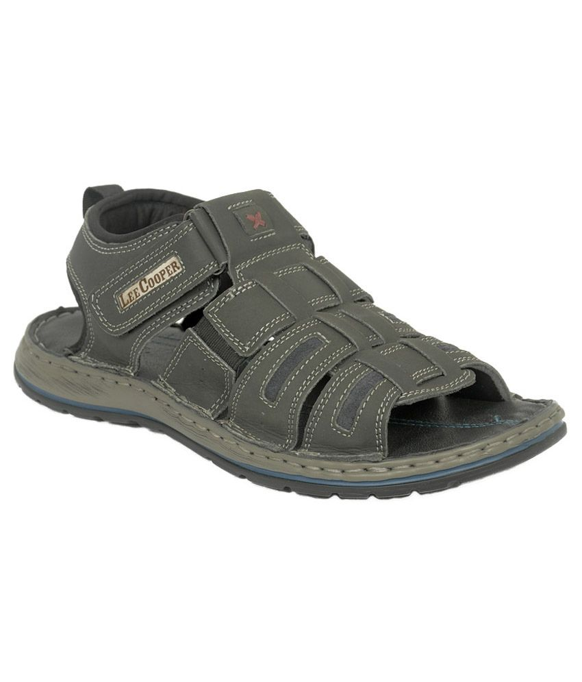 Lee Cooper Black Sandals By Snapdeal @ Rs.1,529