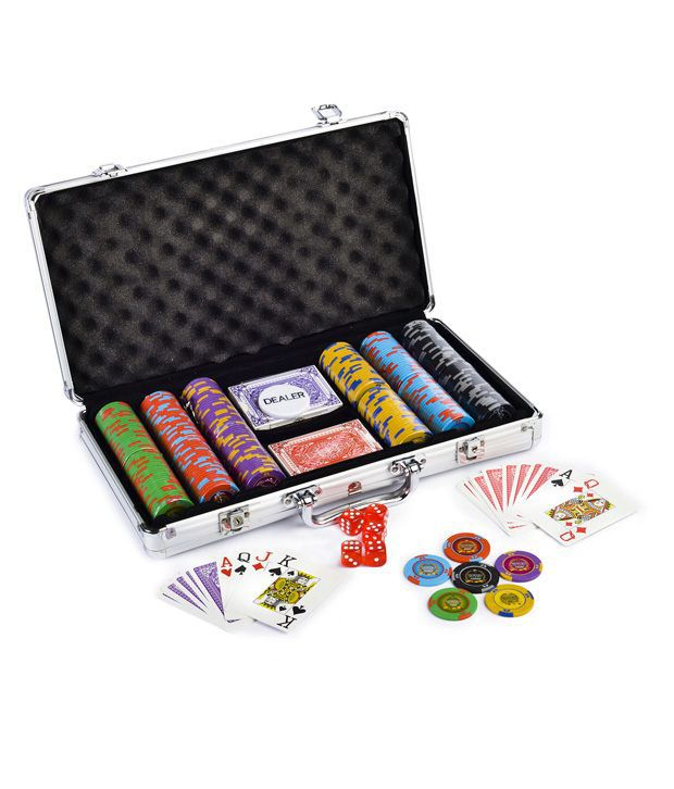 Bluffando Mostro Poker Chips Set 300 & Freebie: 2 Decks of Fournier Playing Cards