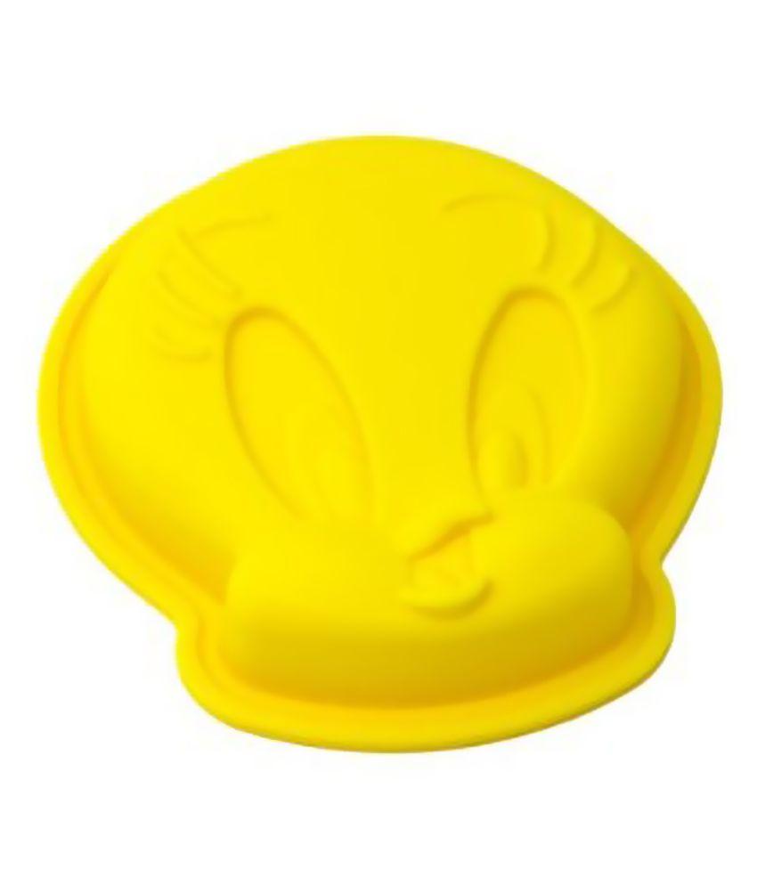 Creativities International Yellow Tweety Shape Cake Pan