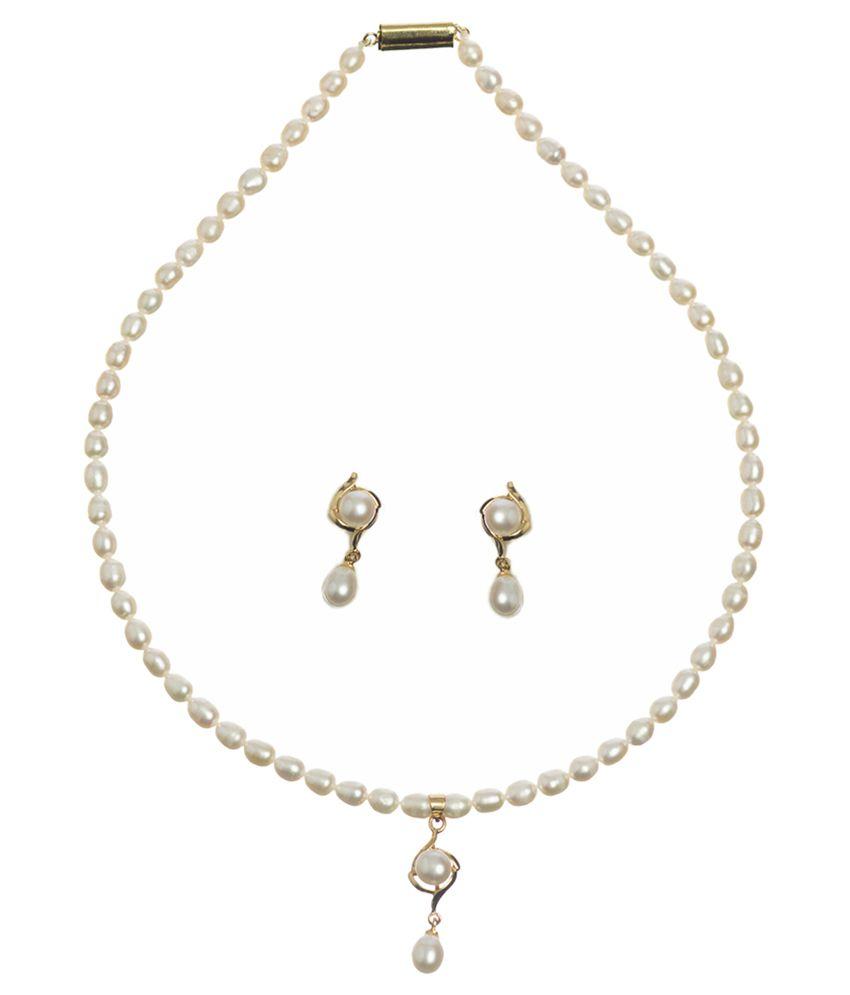 Chandrani Pearls White Floral Designer Necklace Set