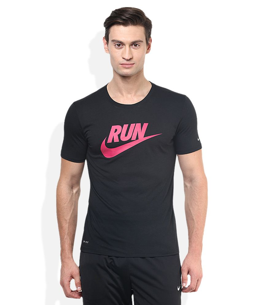 Nike Black Round Neck Half Sleeves Basics T-Shirt