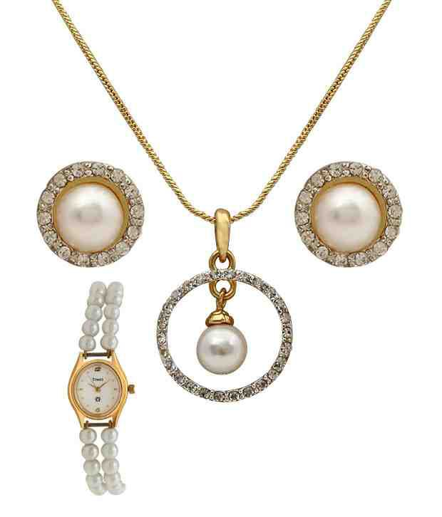 Oleva Gold Plated Pendant Set With Double Pearl String Watch