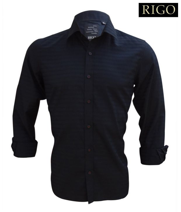 Black Shirt with self horizontal stripes in the fabric
