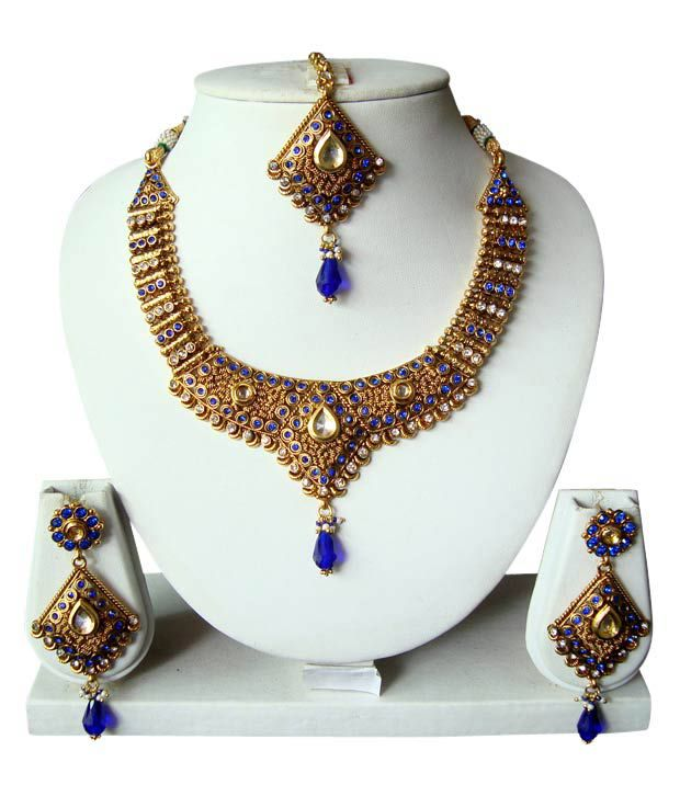 Adoreva Blue Shimmer Necklace Set