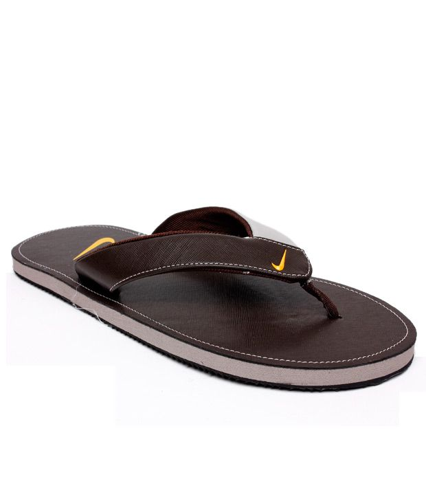 low priced 8ba0a 2d812 Nike Classic Brown Slippers