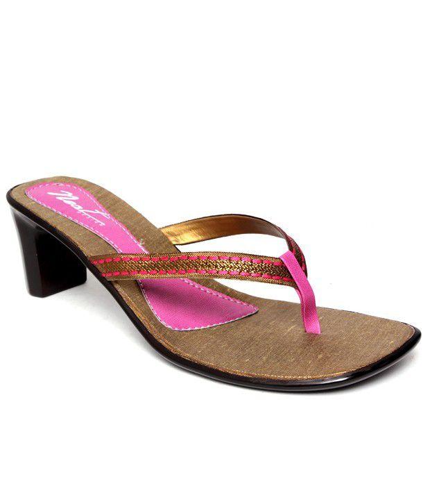 Neat Gorgeous Pink Slip-on Heels