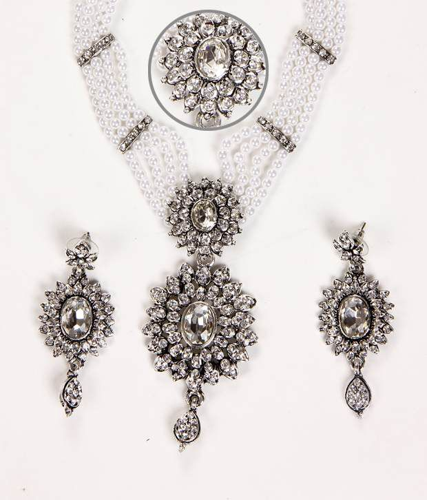 Sukkhi Glimmery Rhodium Plated AD & Pearl Stone Necklace Set