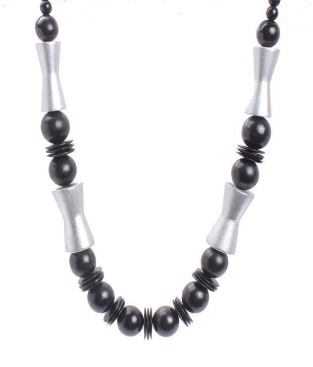 Khoobsurati Eternal Wood Rings And Beaded Black Necklace