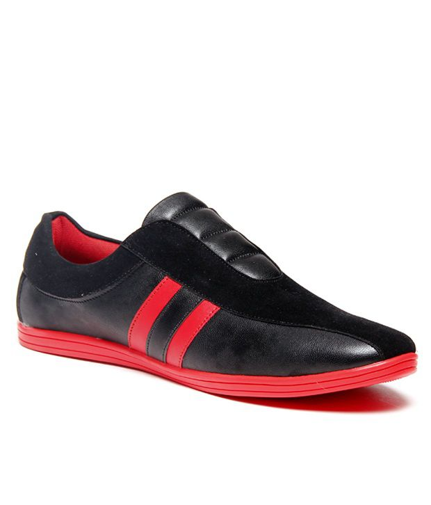 Zapatoz Black Loafers