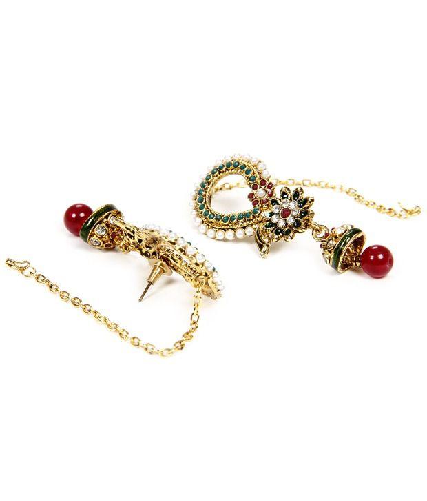Traditional earrings by Oars