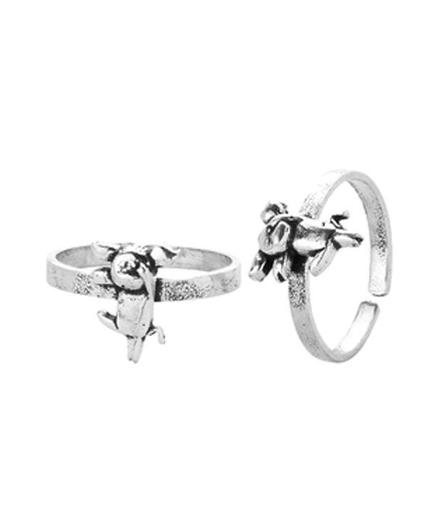 Voylla Silver Plated Designer Toe Rings