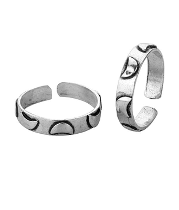 Voylla Oxidised Silver Pretty Toe Rings