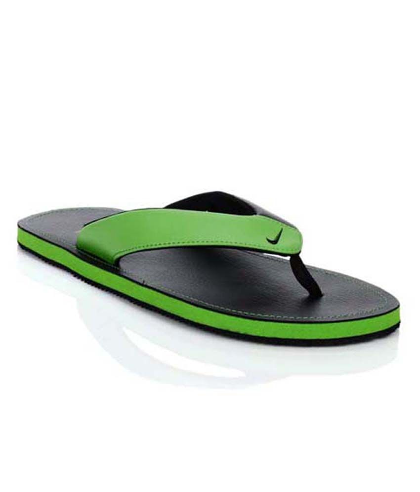 best service 6b93a b05be Nike Chroma Thong II Green & Black Mens Flip Flops Price in ...