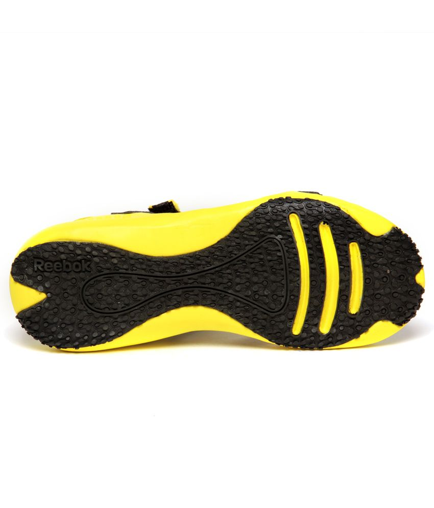 4706cb72864b4d Reebok Adventure Grail Lp Black   Yellow Floater Sandals - Buy ...