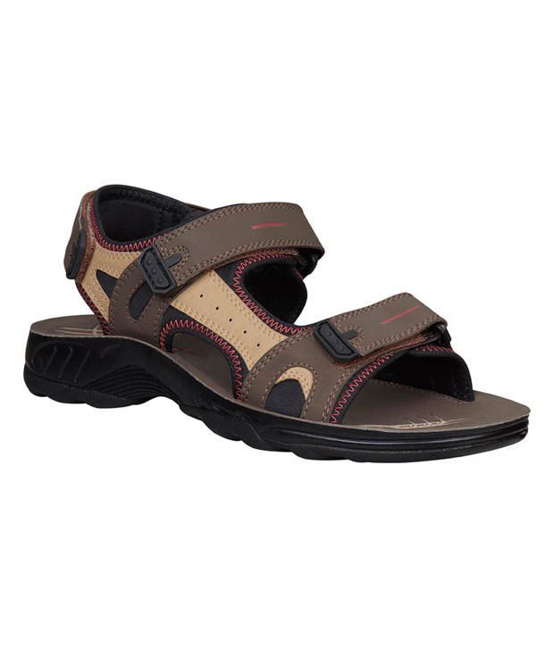 Bata Winner Brown Sandals