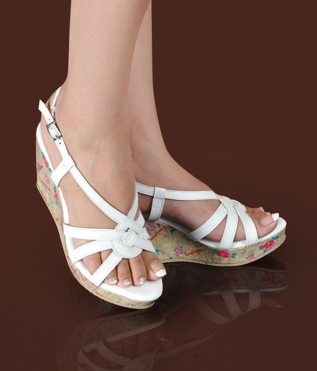 Butterfly Imposing White Wedge Heel Sandals