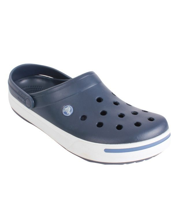 72a5abcc389 Crocs Navy Blue Clog Shoes - Buy Crocs Navy Blue Clog Shoes Online at Best  Prices in India on Snapdeal