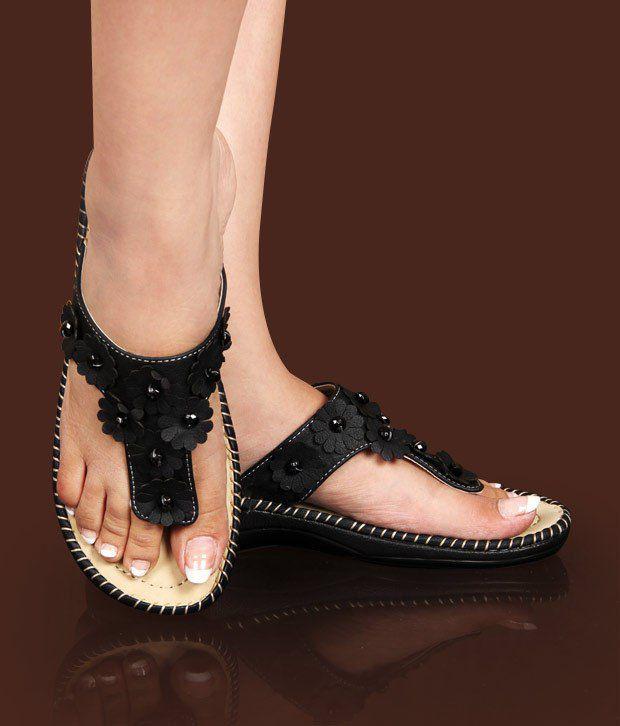 Hi-Fashion Black Flowers Slippers