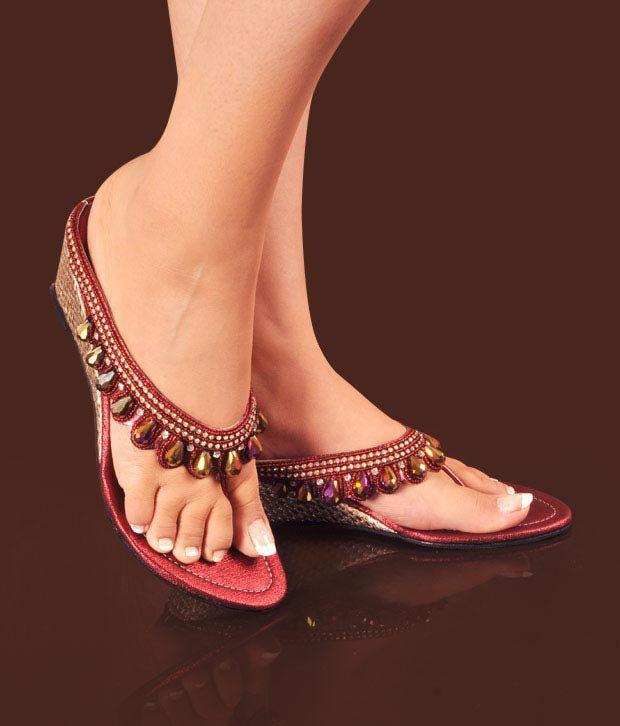 Neat Dazzling Red Heel Sandals