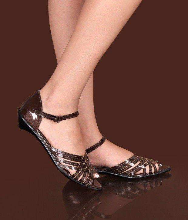 Sleek Impeccable Copper Heel Sandals
