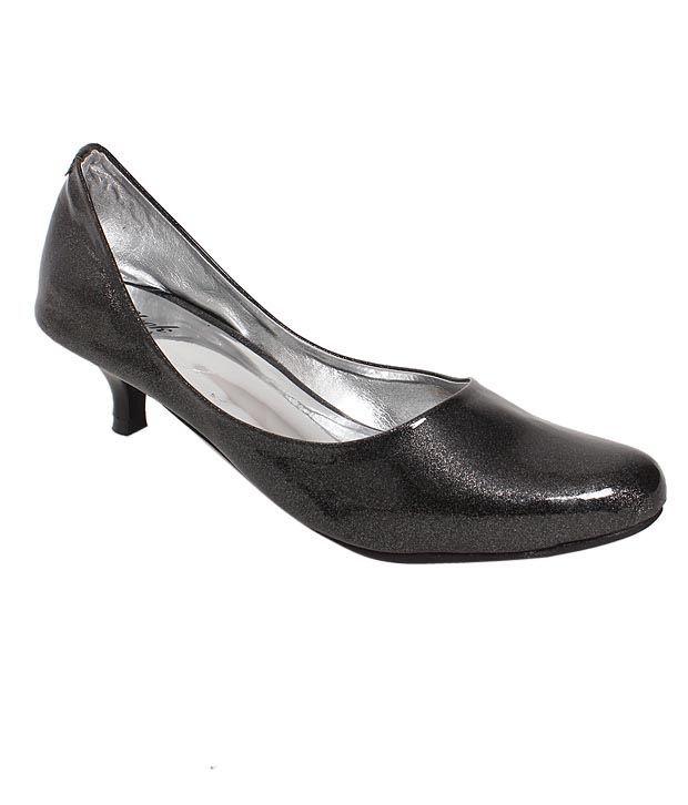 Sleek Trendy Black Ballerina