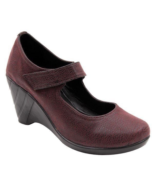 Sleek Maroon Wedge Heel Pump Shoes