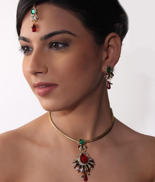 Bani-Thani Gurlz Striking Necklace Set